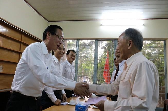 Lãnh đạo TP.HCM thăm các cựu binh chiến dịch Mậu Thân