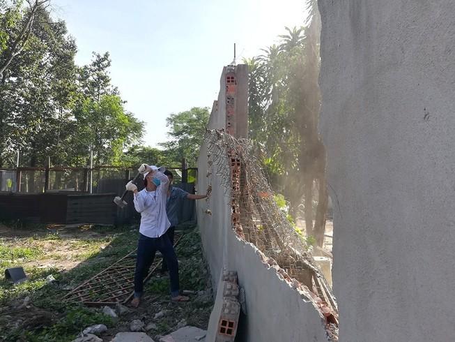 Thủ Đức: Cưỡng chế công trình vi phạm quy mô lớn ở Linh Đông
