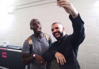 Pogba bí mật đến Manchester kiểm tra y tế trước trận MU gặp Leicester City