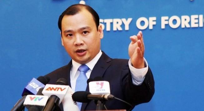Việt Nam yêu cầu Trung Quốc chấm dứt việc bay ra đá Chữ Thập