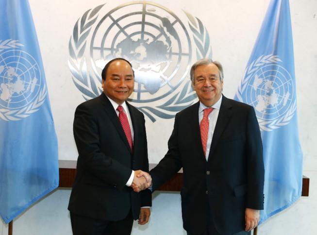 Thủ tướng thông báo với Tổng thư ký LHQ về biển Đông