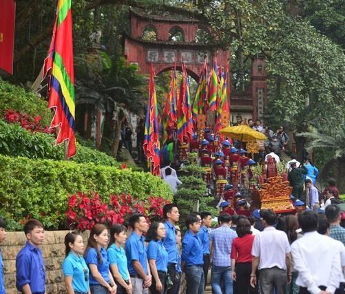 Phú Thọ có thể ngăn được nạn 'chặt chém' du khách ở lễ Giỗ tổ?