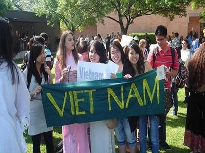 Sinh viên Việt Nam đóng góp gần 1 tỉ USD cho nền kinh tế Mỹ
