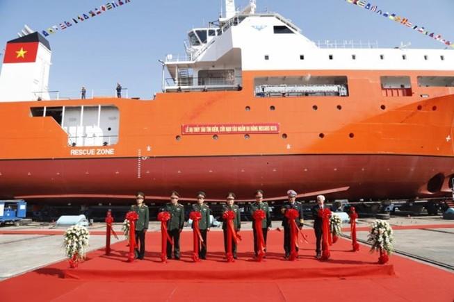 Hạ thủy tàu cứu hộ tàu ngầm đóng mới tại Việt Nam