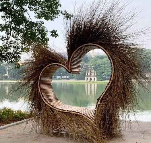 Sự thật về 'trái tim lông' ở Hồ Gươm