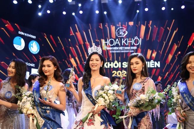 Nữ sinh Đại học Nam Cần Thơ đăng quang Hoa khôi Sinh viên