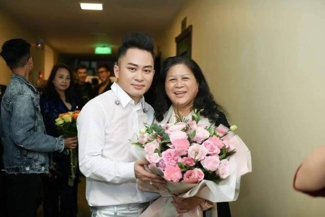 Ca sĩ Tùng Dương nói về 3 người phụ nữ đặc biệt trong đời mình