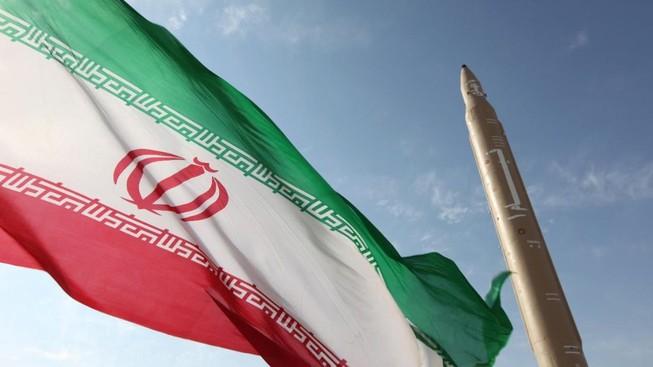 Iran chính thức ngừng thực thi cam kết thoả thuận hạt nhân