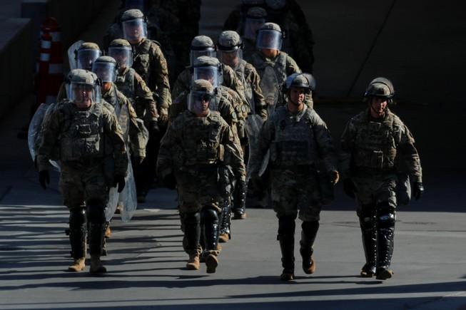 Mexico điều gần 15.000 binh sĩ đối phó người di cư