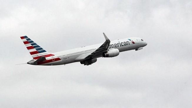 Thợ máy phá hệ thống máy bay vì không được ký hợp đồng