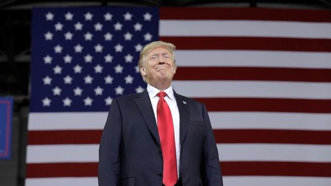 Ông Trump tự khen vì đưa Mỹ thành nước xuất khẩu dầu lớn nhất