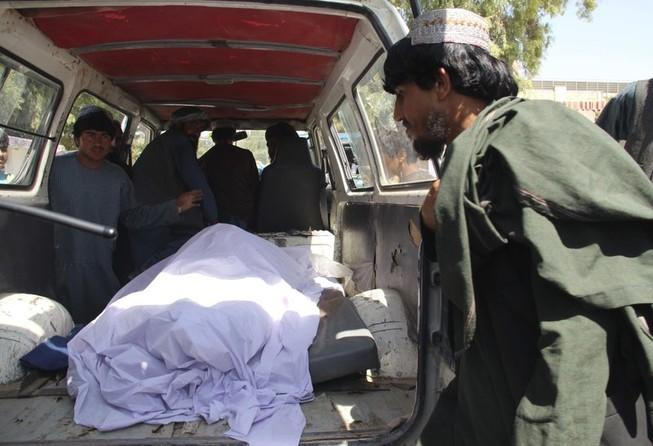 Afghanistan tấn công Taliban, ít nhất 40 dân thường thiệt mạng