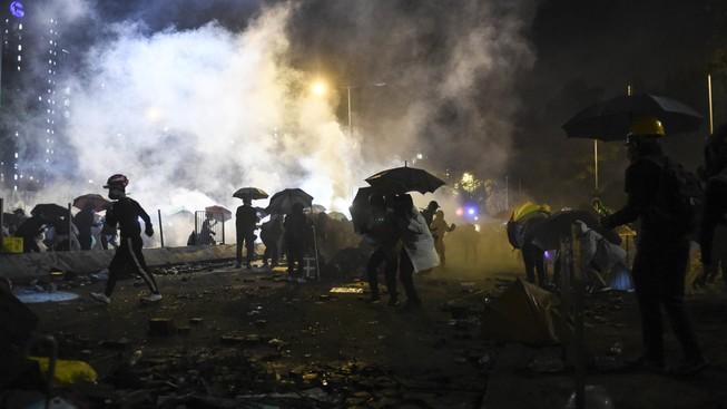 Hong Kong: Cảnh sát đồng ý không bắt giữ người dưới 16 tuổi