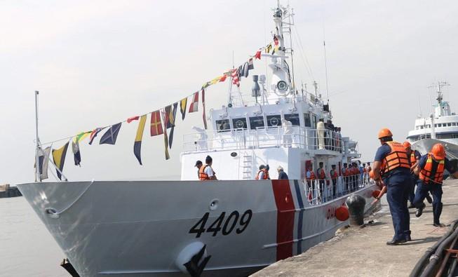 Philippines điều thêm hai tàu tuần tra mới ra biển Đông