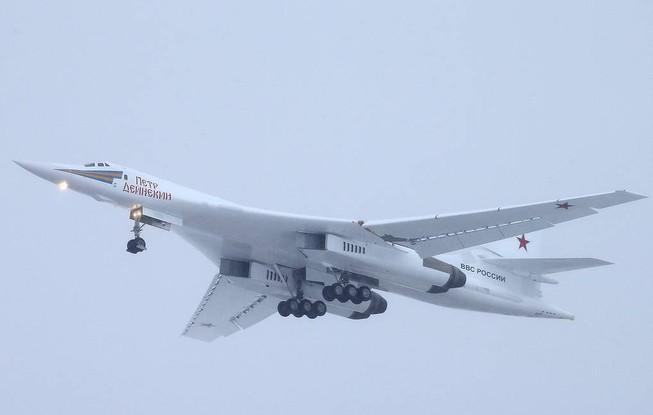 Nga tiến thêm một bước về nâng cấp biến thể 'thiên nga trắng'