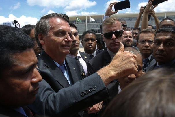 Tổng thống Brazil bị kiện lên Tòa án công lý quốc tế