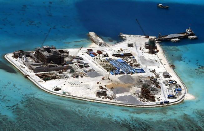 Biển Đông: Đảo nhân tạo phi pháp của Trung Quốc sắp chìm?
