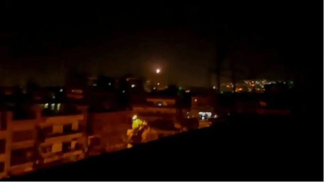 Truyền thông Syria: 'Damascus ngăn chặn tên lửa từ Israel'