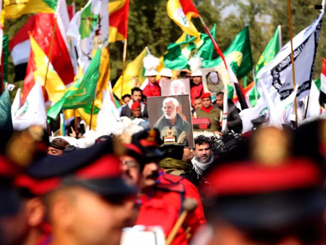 Người dân Iraq tuần hành sau cái chết của tướng Soleimani