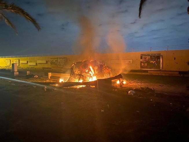 Một bức ảnh từ hiện trường vụ không kích ở sân bay quốc tế Baghdad rạng sáng 3-1. Ảnh: STRIPES