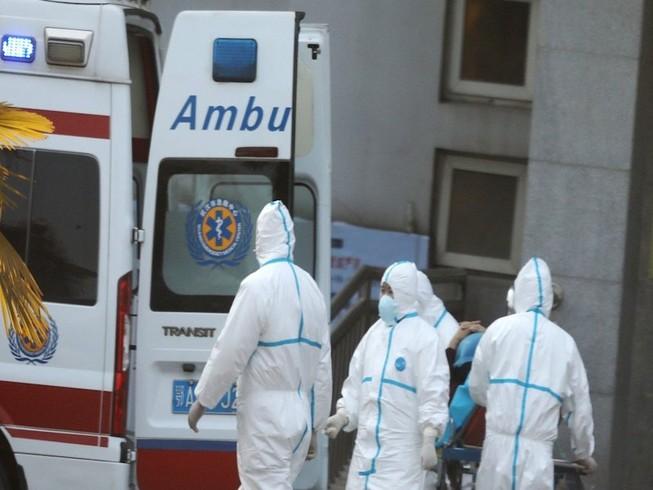 Đã có thêm trường hợp tử vong do virus Vũ Hán. Ảnh: WEIBO