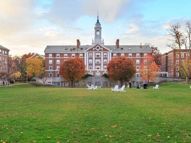 Đại học Harvardnằm trong số các  trường đại học danh giá của Mỹ bị điều tra vì che giấu các khoản tài chính từ nước ngoài. Ảnh: HARVARD