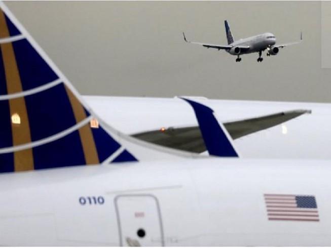 Nhiều hãng hàng không Mỹ tiếp tục kéo dài thời gian hủy chuyến bay đến Trung Quốc. Ảnh: REUTERS