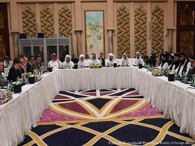 Các chi tiết cuối cùng của thỏa thuận ngừng bắn đã được Đặc phái viên Mỹ và Đại điện Taliban thảo thuận trong những ngày qua tại Doha, Qatar. Ảnh: AP