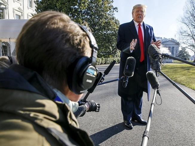 Tổng thống Mỹ Donald Trump cáo buộc ông Adam Schiff đã làm rò rỉ thông tin mật về việc Nga can thiệp bầu cử năm 2020. Ảnh: AP