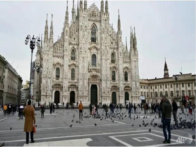 Một điểm du lịch tại Ý vắng khách trong mùa dịch COVID-19. Ảnh: AFP