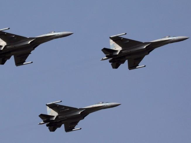 Các máy bay chiến đấu của Trung Quốc sẽ có lớp sơn phủ tàng hình mới. Ảnh: SCMP