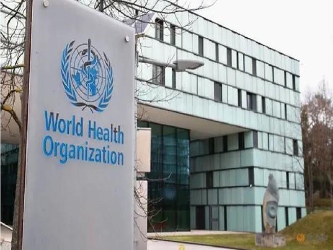 Bên ngoài trụ sở Tổ chức Y tế Thế giới (WHO) tại Geneva, Thụy Sĩ. Ảnh: REUTERS