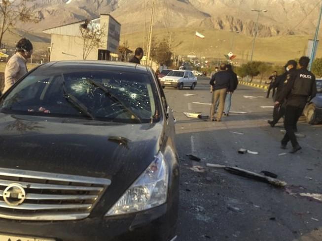 Hiện trường vụ ám sát nhà khoa học Iran Mohsen Fakhrizadeh-Mahabadi hôm 27-11. Ảnh: FARS NEWS AGENCY
