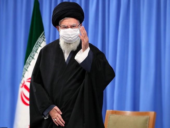 Đại giáo chủ Ali Khamenei xuất hiện trên sóng truyền hình nhà nước Iran hôm 16-12. Ảnh: REUTERS