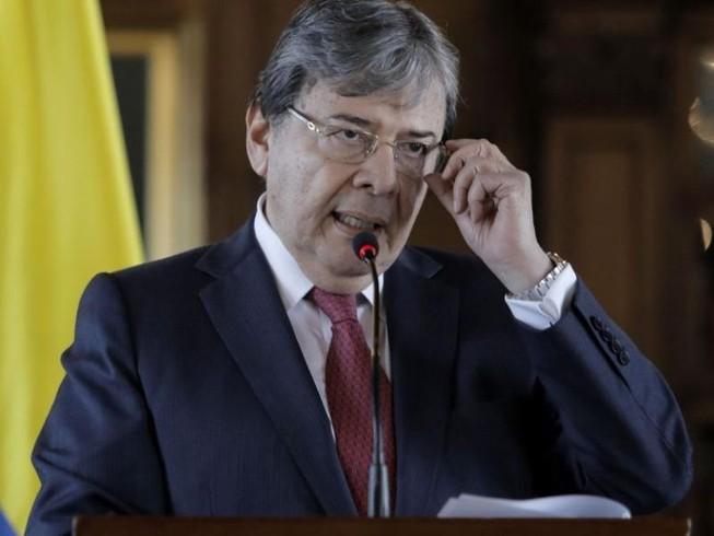 Bộ trưởng Quốc phòng Colombia Carlos Holmes Trujillo vừa qua đời hôm 26-1 sau khi nhiễm COVID-19.