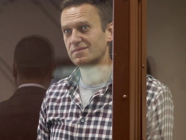 Ông Alexei Navalny tại phiên tòa hôm 20-2 ở thủ đô Moscow. Ảnh: REUTERS