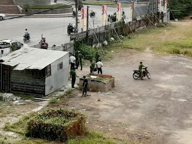Sóc Trăng: Một thi thể đang phân hủy ở bến xe cũ