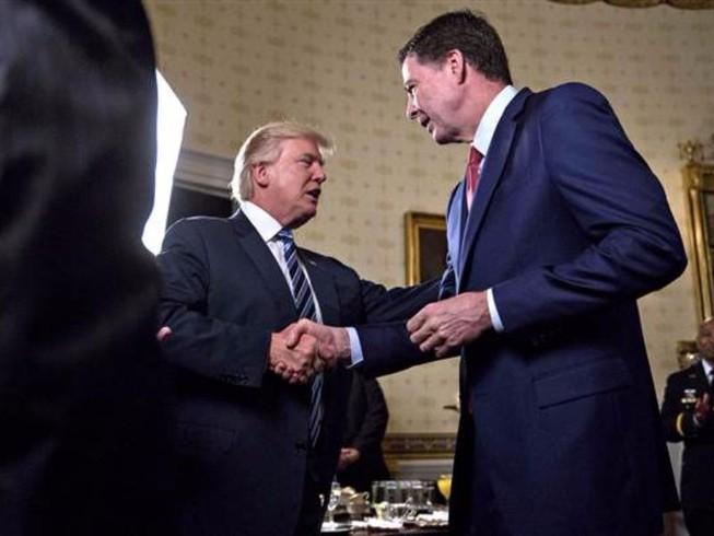'Bữa tối định mệnh' giữa ông Trump và cựu giám đốc FBI
