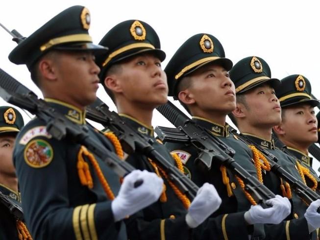 Ông Trump chuẩn bị hợp đồng vũ khí tỉ USD cho Đài Loan