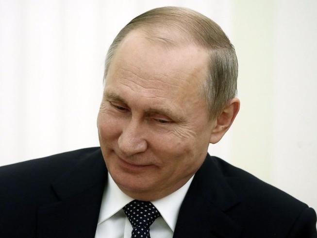 Bộ Ngoại giao Nga tung cú lừa chao đảo ngày Cá tháng Tư