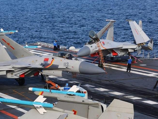 Tàu sân bay Trung Quốc tập trận sát Đài Loan