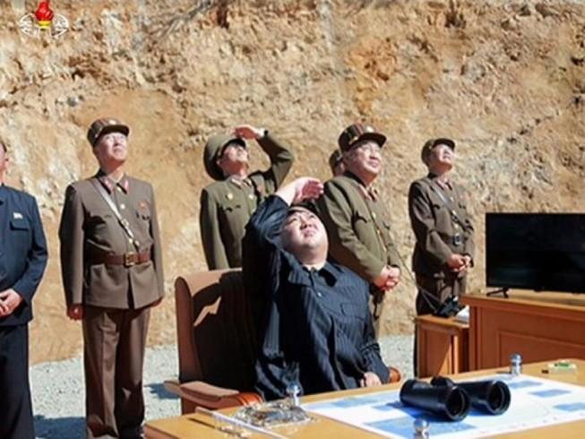 Tại sao Triều Tiên tái thử tên lửa sau 2 tháng im ắng?