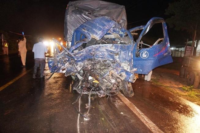 Tai nạn liên hoàn trên đường Hồ Chí Minh