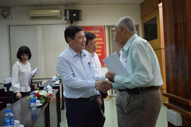Chủ tịch TP.HCM: Dự án nào không thể thực hiện được sẽ thu hồi