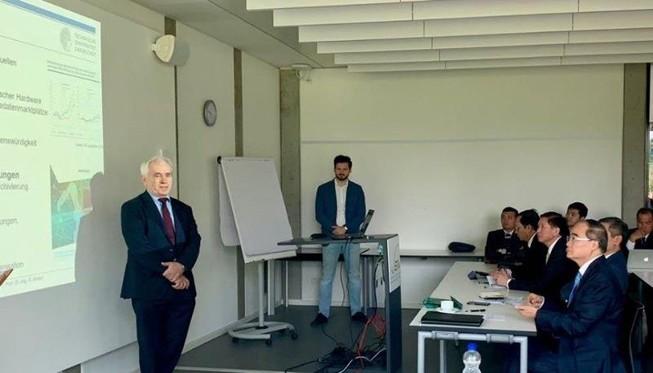 Đoàn cấp cao TP.HCM tìm hiểu mô hình Đô thị thông minh tại Đức