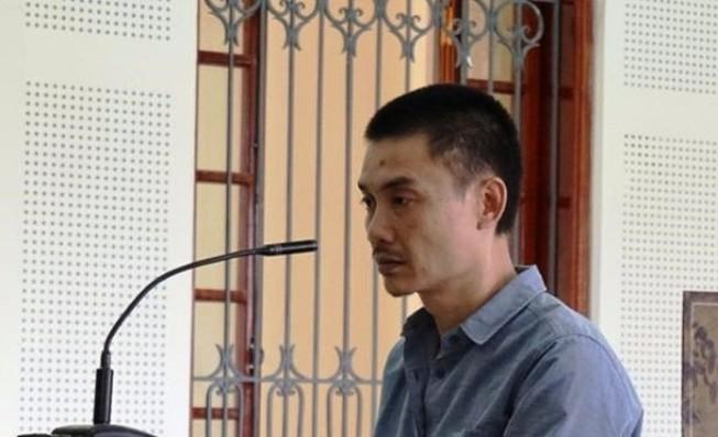 Chủ quán bắn chết người cầm dao dọa giết lĩnh 6 năm tù