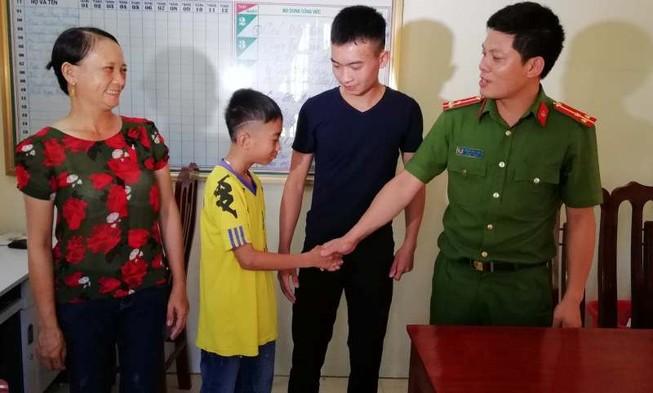 Giải cứu trẻ 12 tuổi bị bắt cóc đòi 50 triệu đồng