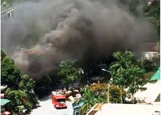 Cháy ki ốt gần bệnh viện, nhiều người hốt hoảng