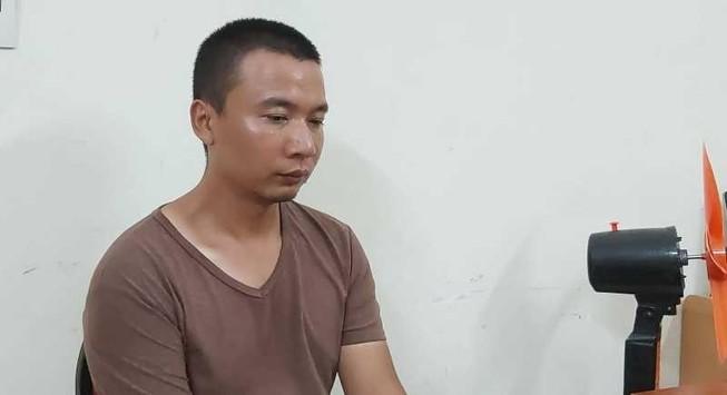 Ba người Trung Quốc làm giả thẻ ATM để rút trộm tiền