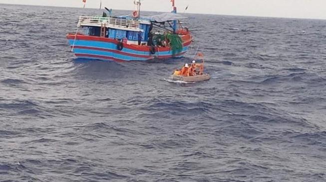 Trưởng phòng vòi hối lộ 7 triệu của vợ ngư dân tử vong ở biển